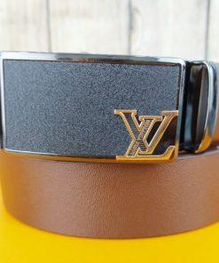 Thắt lưng da bò khóa lăn VOX16