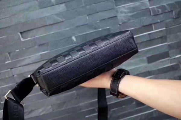 Túi đeo chéo LV cao cấp VTD04 xịn
