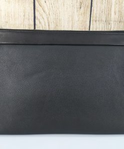 Clutch cầm tay màu đen đẳng cấp VOC50