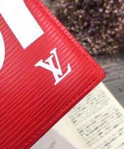 Ví da nam LV màu đỏ, dáng đứng nhỏ gọn VDD34