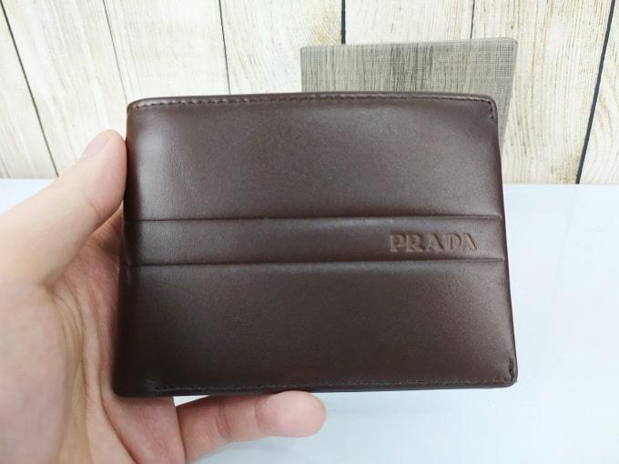 Ví da nam Prada, màu nâu đen lịch lãm VDD49