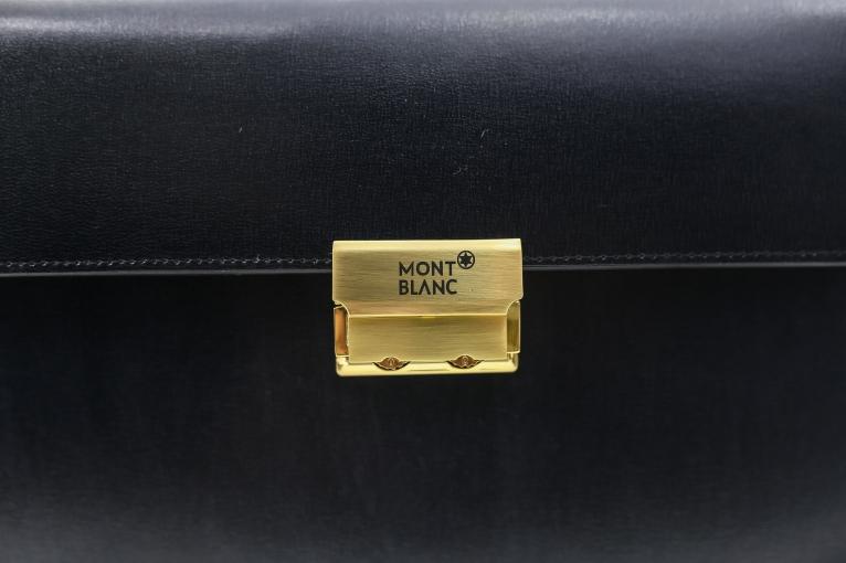 Ví cầm tay khóa số cao cấp CT37-D