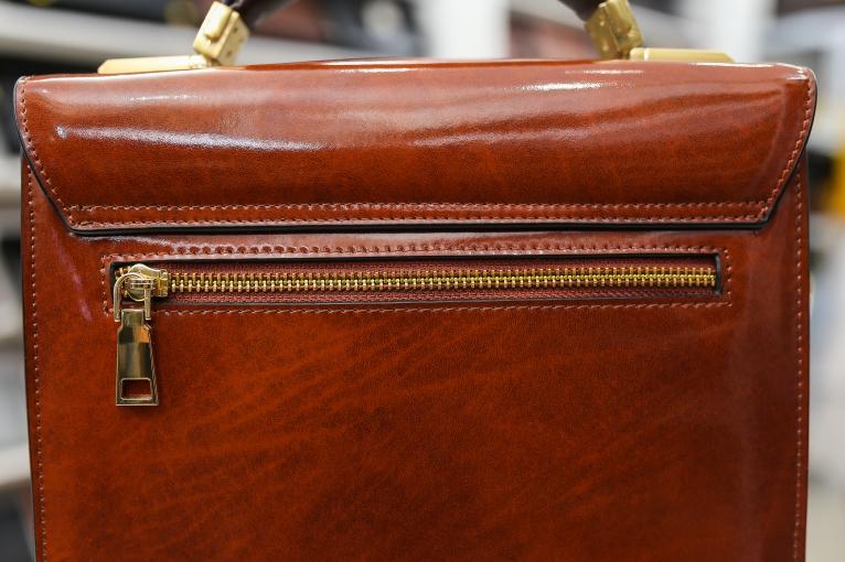 Túi đeo chéo cao cấp DKS01-NB