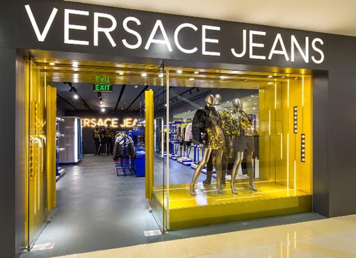 những thương hiệu thời trang nổi tiếng thế giới