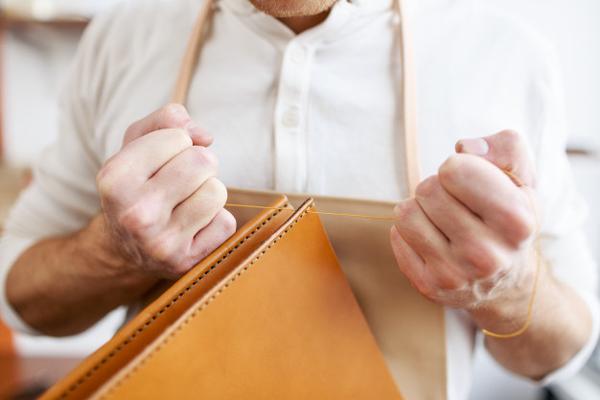 ví cầm tay nam đẹp - ví da cầm tay nam hàng hiệu - ví nam cầm tay chính hãng