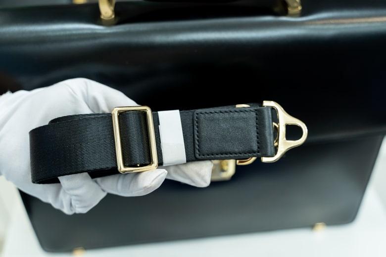 Cặp da nam khóa số cao cấp DK01-D